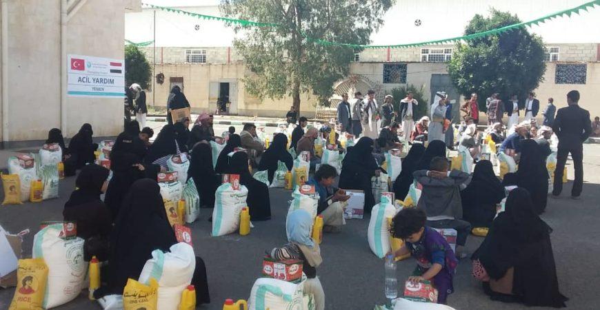 Yemen'e İnsani Yardım