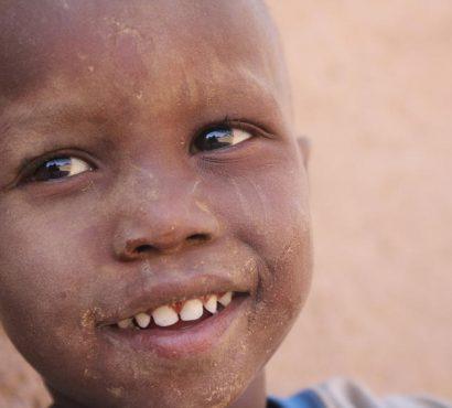 Afrika'daki İnsanlara Nasıl Yardım Edebilirim?